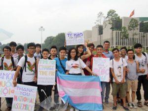 Quy định pháp luật về chuyển đổi giới tính?