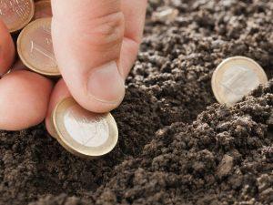 """Phân biệt """"tiền sử dụng đất"""" và """"tiền thuế sử dụng đất"""""""