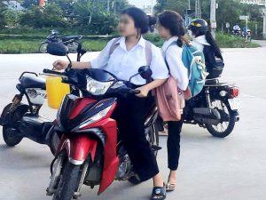Để người chưa đủ tuổi điều khiển xe máy có bị xử phạt?