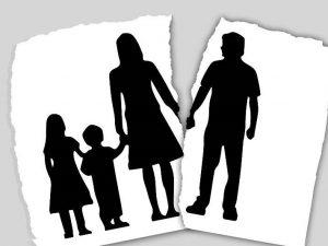 Có mất quyền nuôi con khi lấy chồng mới hay không theo quy định?